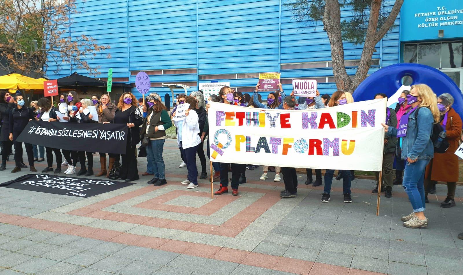 Dalyanlı kadınlar Fethiye'deki protestoya katıldı